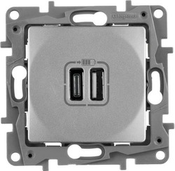 Розетка USB Etika с двумя разъемами тип А/тип C  (алюминий)    672436