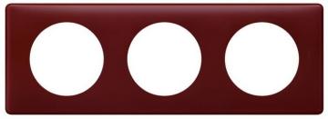 Рамка трехместная Celiane (перкаль бордо) 066753