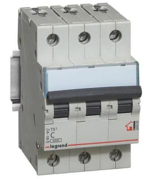 Автоматический выключатель TX3 3-полюсный 63А 404062