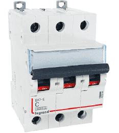 Автоматический выключатель DX3 3-полюсный 06А