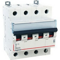 Автоматический выключатель DX3 4-полюсный 20A 407306