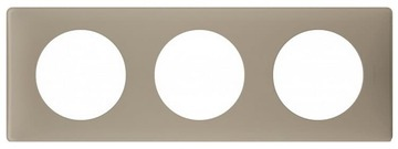 Рамка трехместная Celiane (грей перкаль) 066723