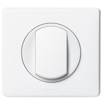 Проходной одноклавишный переключатель Celiane (белый) 067001+068001+080251