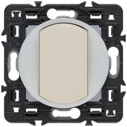 Проходной переключатель с подсветкой по контуру Celiane (слоновая кость) 067001+067670+067884+080251
