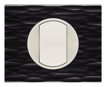 Рамка Сeliane одноместная (черный рифленый) 069021