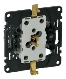 Механизм электрической розетки двойной Legrand Valena IN'MATIC на безвинтовых зажимах 753027