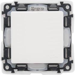 Кнопочный выключатель влагозащищенный Valena Life (белый) 752171
