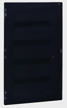 Бокс в нишу Legrand Practibox³ на 72 (4х18) мод. прозрачная дверь (с шинами N+PE) 401759
