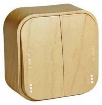 Проходной переключатель двухклавишный с подсветкой 10А Quteo (Дерево) 782266+782257